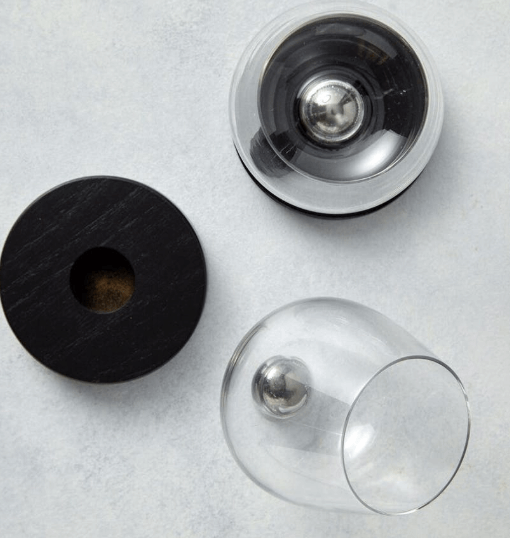 wine aerator and glasses