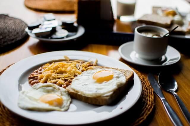 Dennys breakfast free food