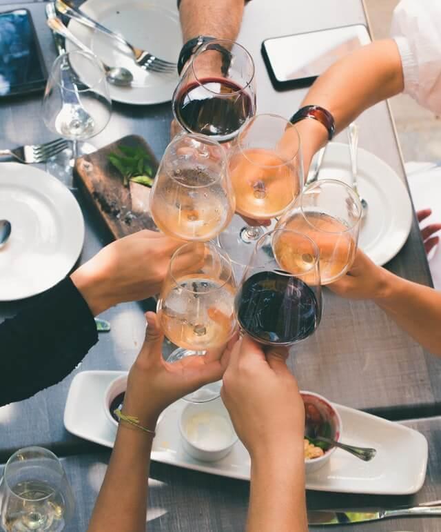 wine glasses cheers